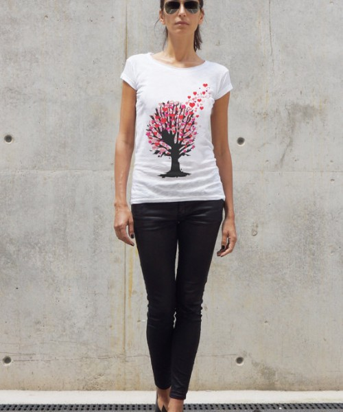 Cute Heart Tree Print T-shirt A224330344