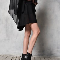 Loose fitting chiffon shorts A05611