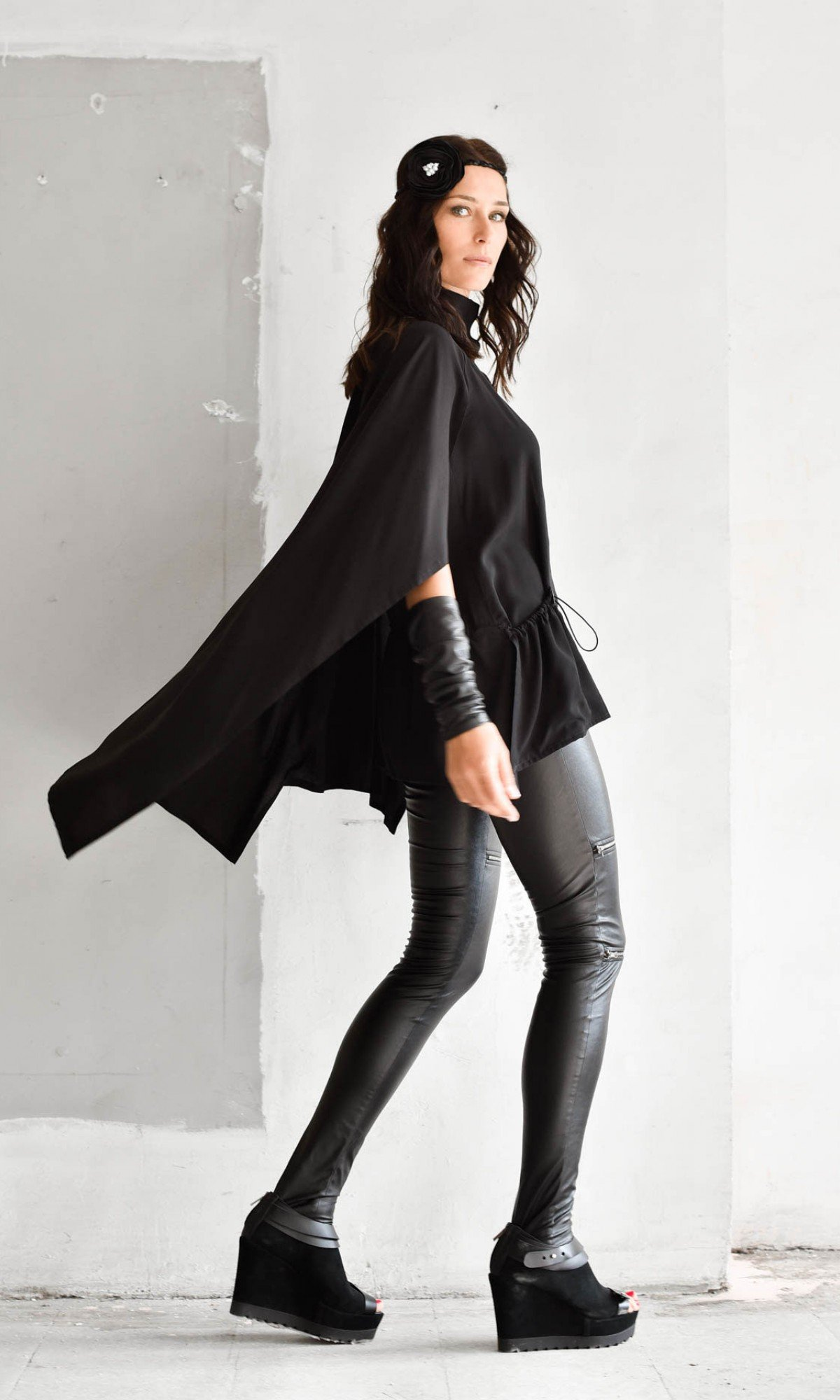 Very Elegant Black Cape Top A90344