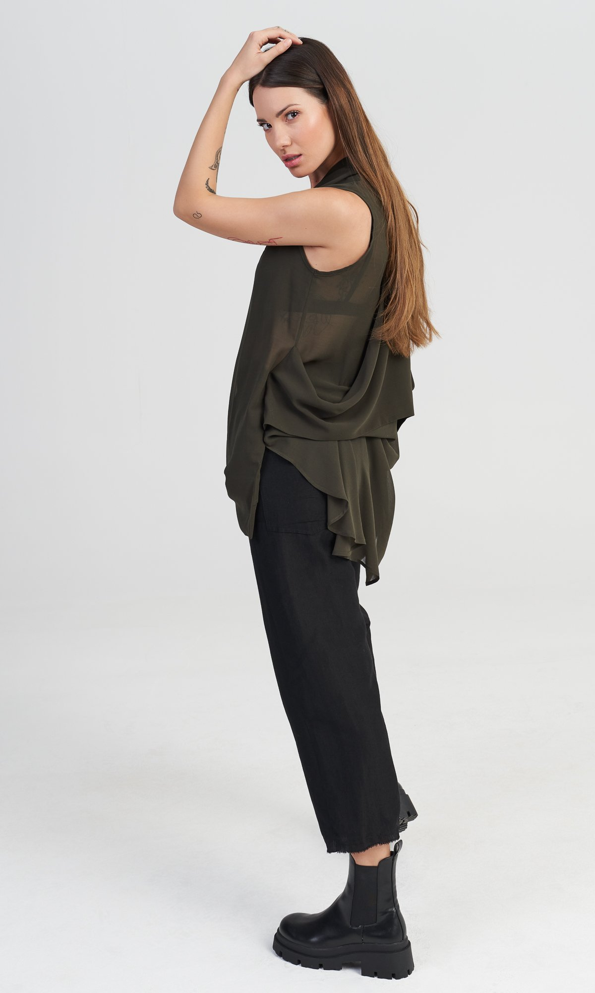 Sleeveless Top with Draped Back