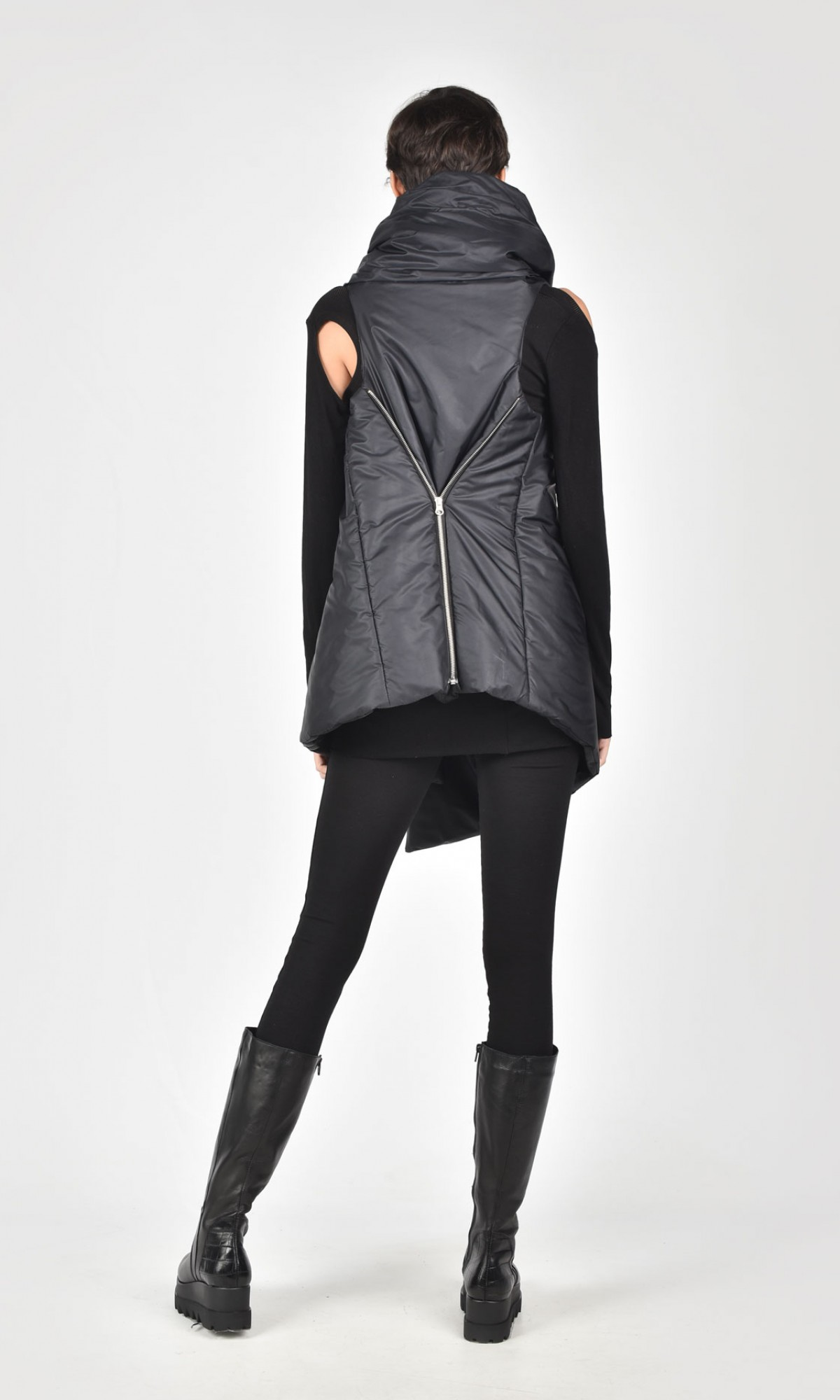 Asymmetric Black Sleeveless Quilted Vest A02518