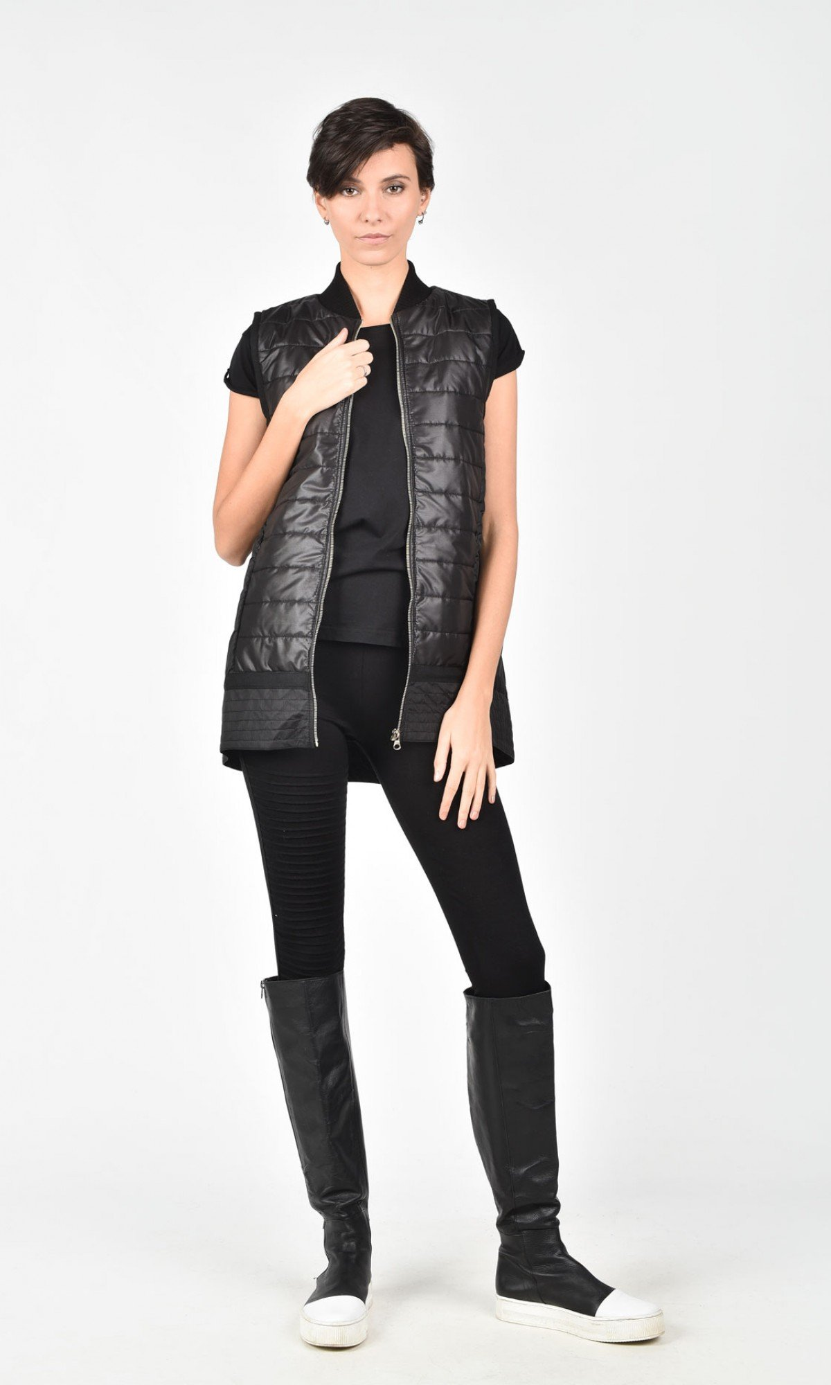 Elegant Full Zip Black Vest A02600