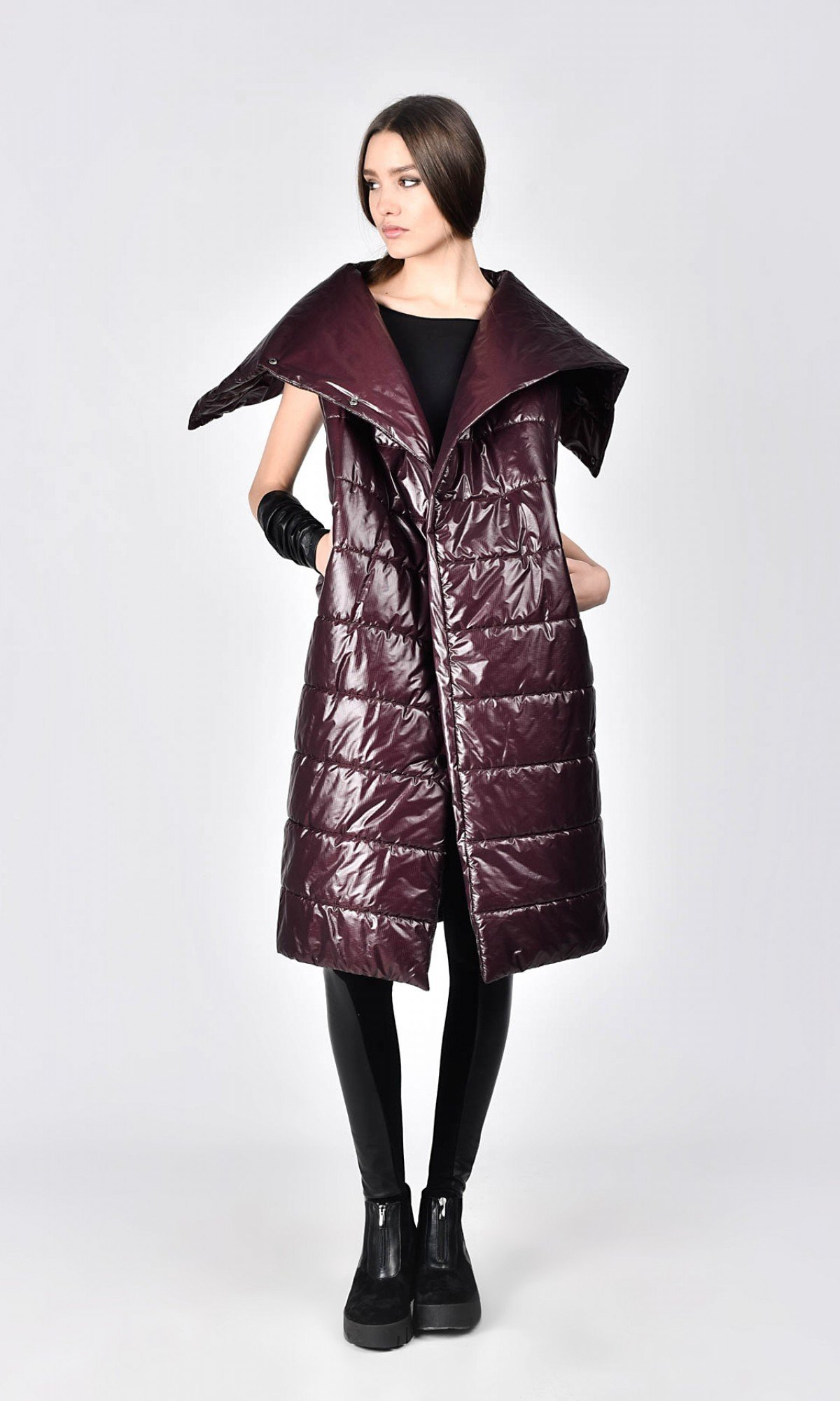 Quilted High Collar Vest with pockets A20780