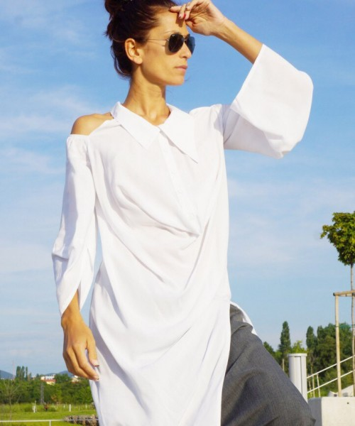 Extravagant White Open Shoulders Shirt A11438