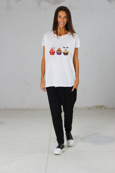 Light Cream Halloween Cupcake print Tee  A224000369