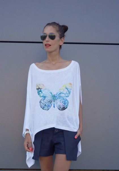 Loose white butterfly tunic A124510343