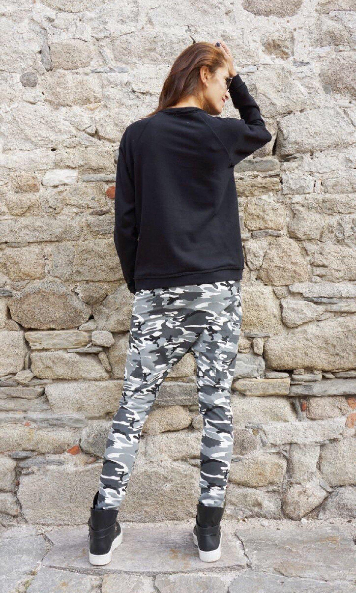 Long-Sleeved Cotton Sweatshirt A12532