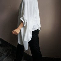 Tops - Loose Floaty White Top A01048