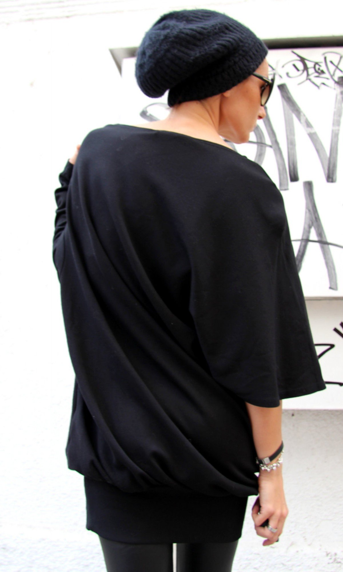 Loose Black Tunic with a Short and a Long Sleeve A01101
