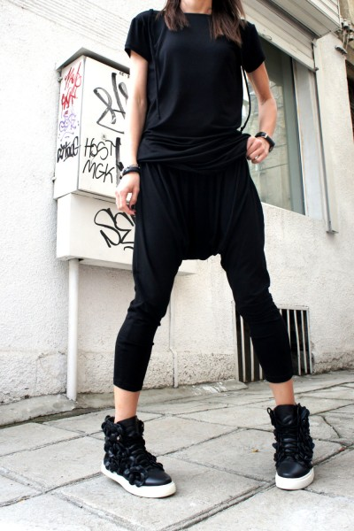 Loose Casual Black Drop Crotch Pants A05063