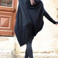 Asymmetric Turtle Neck Knit Tunic A02201