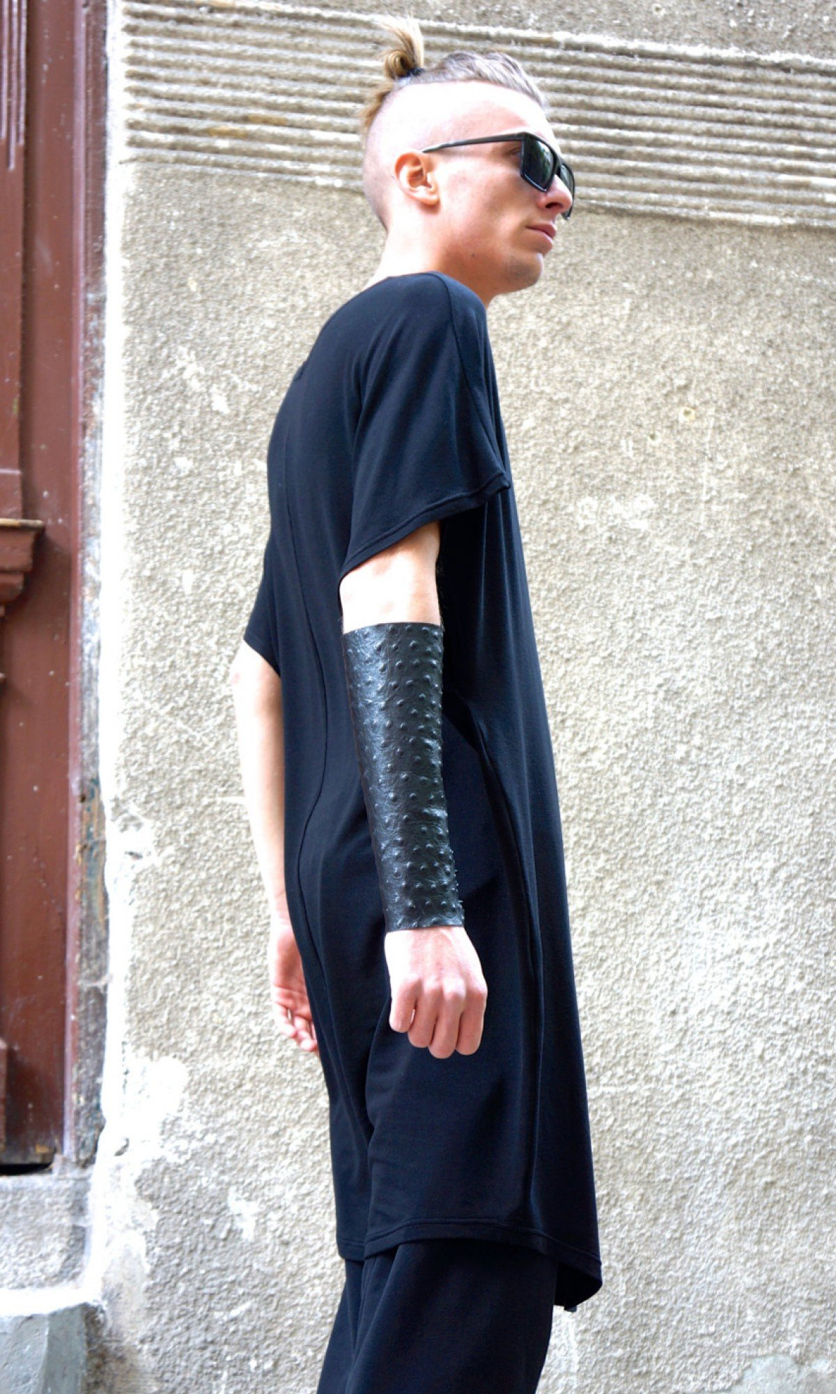 A Leather Cuff With Laces A17247M