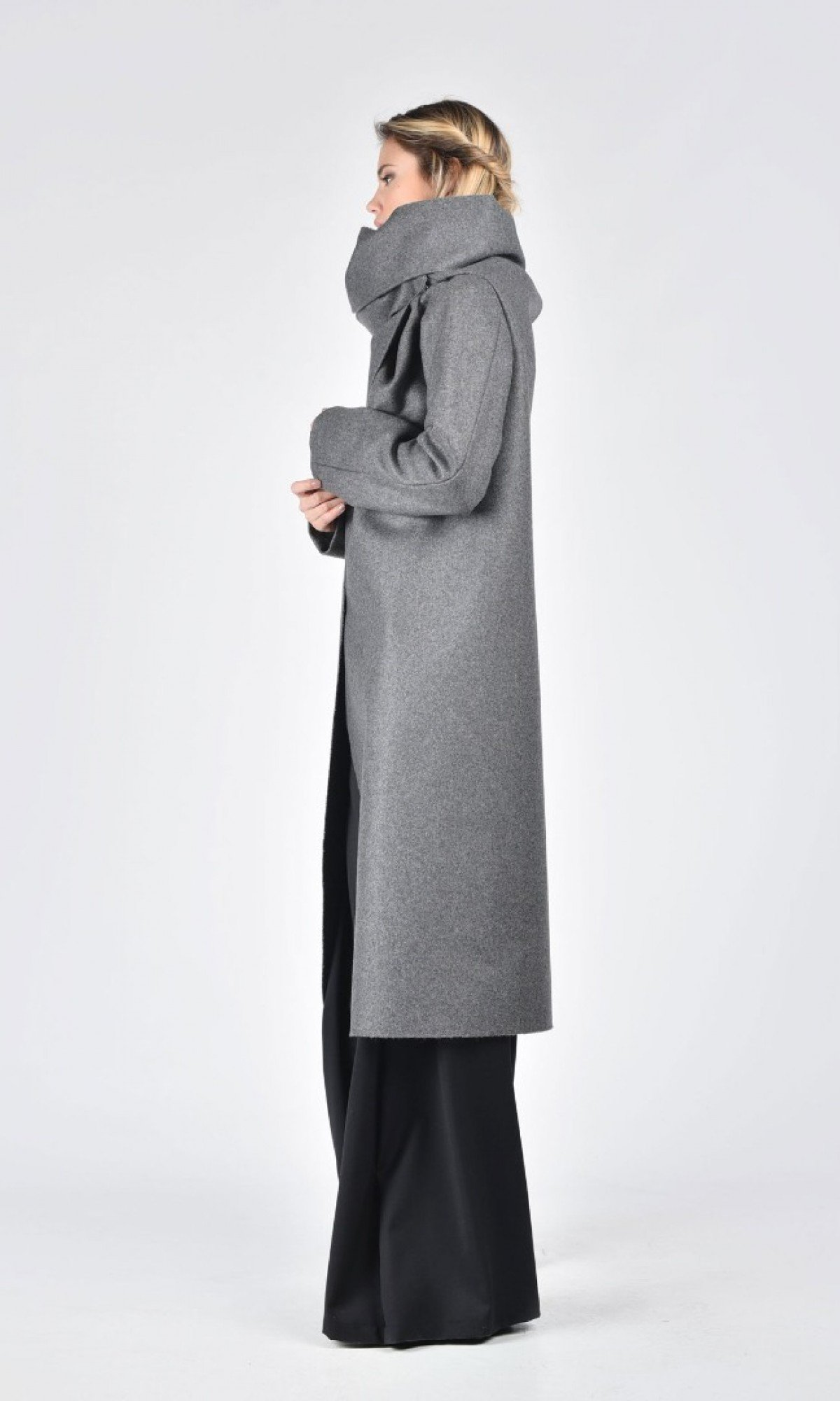Kasha Coat with Long Sleeves A07099